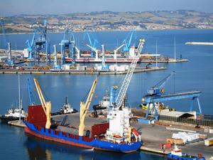 Porti nazionali_Smentito accorpamento delle Autorità portuali
